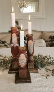 Bilde av Nisse-lysestake rød, 3 varianter